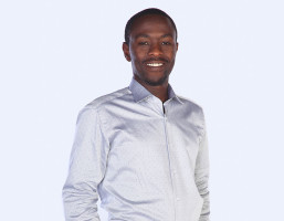 <p>samuel Mbugua</p>